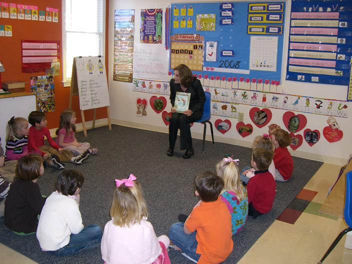 Сценарии за празници в детската градина